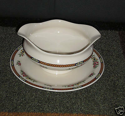 SYRACUSE CHINA OLD IVORY GRAVY BOAT ATTACHED UNDERPLATE