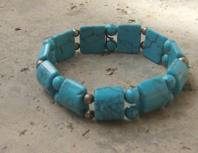 BLUE TURQUOISE BEADED STRETCH BRACELET CHUNKY BIG GEMS SQUARE ONE SIZE FITS ALL