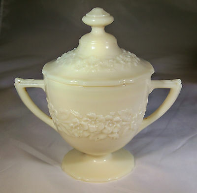 INDIANA GLASS CO. INDIANA CUSTARD IVORY FOOTED SUGAR BOWL & COVER!