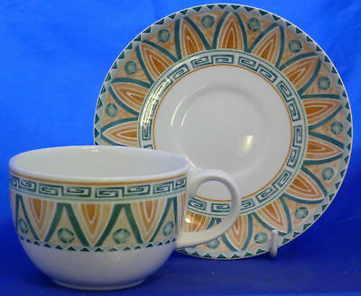 A Crown Staffordshire 'tunis' Tea Cup & Saucer