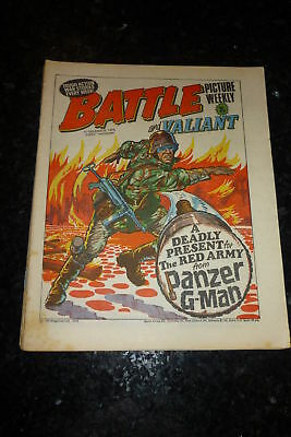 BATTLE PICTURE WEEKLY & VALIANT Comic - Date 11/12/1976 - UK Comic