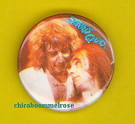 Status Quo 1982 uk badge button pinback MINT CONDITION ww zzz