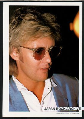 1982 Roger Taylor Queen JAPAN mag photo pinup mini poster picture