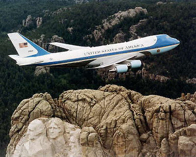 Air Force One Over Mount Rushmore 8X10 Photo