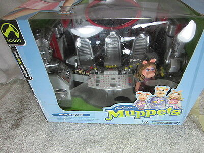 Muppets PIGS IN SPACE play set, NEW Palisades Toys Miss Piggy