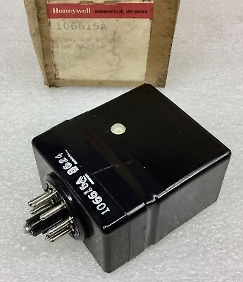 Honeywell 106615A Safegaurd Plug-In Relay For R4075A  New Condition In Box