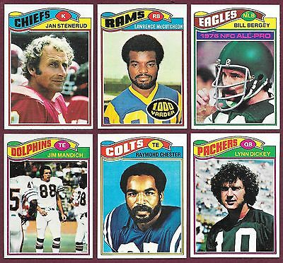 1977 Topps Football 3/$1.00 You Pick Commons Semi-Stars Finish Your Set EMNM