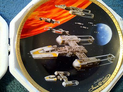 Star Wars Hamilton Plate: Y-Wing Signed by Artist Sonia Hillios