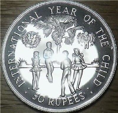 1980 Seychelles Is SILVER 50 Rupees - LARGE PROOF UNICEF COIN - Low Mint XF.X664