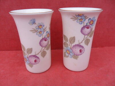 Sutherland, 2 x Tiny Floral Vases