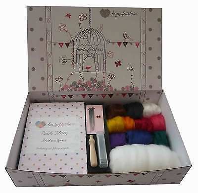 Heidifeathers® VEGAN Needle Felting Kit - Bamboo Tops