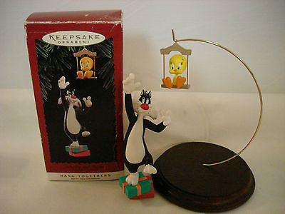 Hallmark Keepsake Ornament Looney Tunes Hang Togethers Sylvester And Tweety 1995