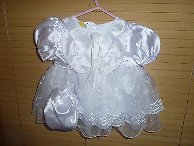 Beautiful Baby Girls Christening / Party Dresses with Bonnet & Pants. BNWT 0-23m
