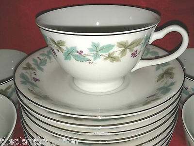 Vintage Fine China From Japan 6701, 5 Cups 8 Saucers,  Grapes & Leaves