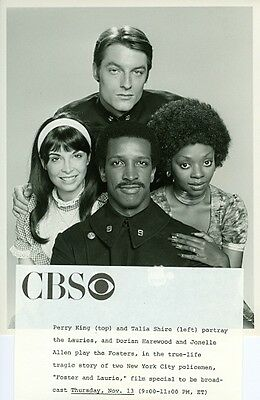 YOUNG PERRY KING HUNKY COP TALIA SHIRE JONELLE ALLEN FOSTER & LAURIE CBS PHOTO