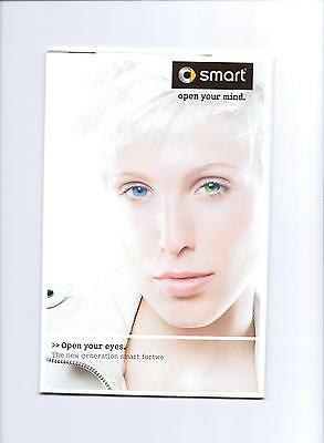 Smart Fourtwo Sales Brochure (Poster) 2010