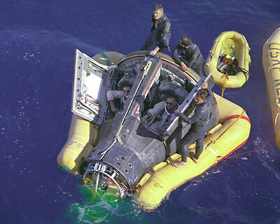 NASA GEMINI 8 SPACECRAFT RECOVERY 8x10 PHOTO NEIL ARMSTRONG