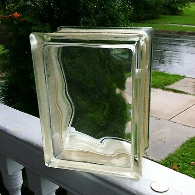 Architecural Glass Block Wavy Glass Image Small Hole  In Side For Light