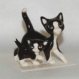 Papa and Baby Cat Gift Box #FS111 - Hagen Renaker Ceramic Miniature Cat Figurine