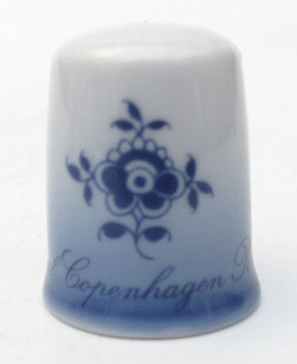 ROYAL COPENHAGEN FLORA DANICA PORCELAIN THIMBLE FOR FRANKLIN MINT 1980s WGPH