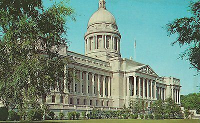 The State Capitol Frankfort KY erected 1909 among finest in US  Chrome  Postcard