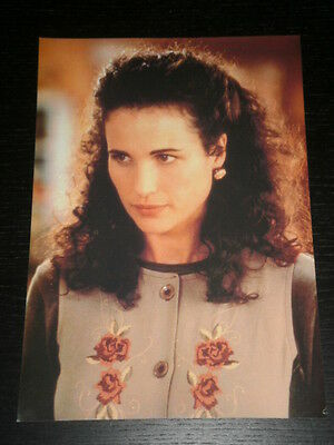 Andie Macdowell - Celebrity Clipping 1 Full Page - Spanish Magazine - 0561