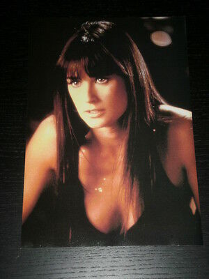 Demi Moore - Celebrity Clipping 1 Full Page - Spanish Magazine - 0679