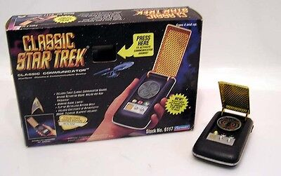 Star Trek Classic Communicator- Playmates Field Equipment- MINT in BOX- FREE S&H