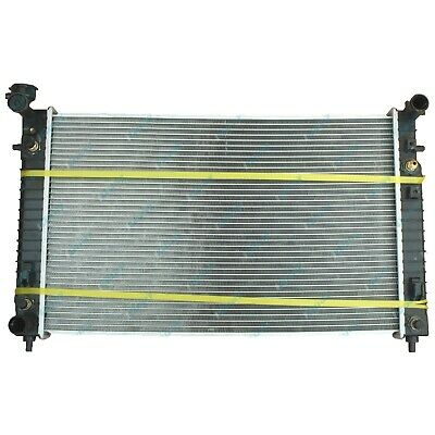 #1 Holden VT VX Commodore V6 AUTO/MANUAL Alloy Radiator NEW w/ Dual Oil Cooler !