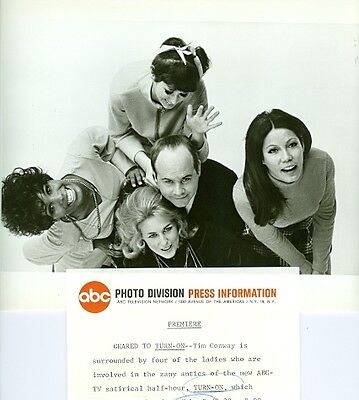 Tim Conway Teresa Graves Bonnie Boland Cecile Ozorio Turn-On 1969 Abc Tv Photo