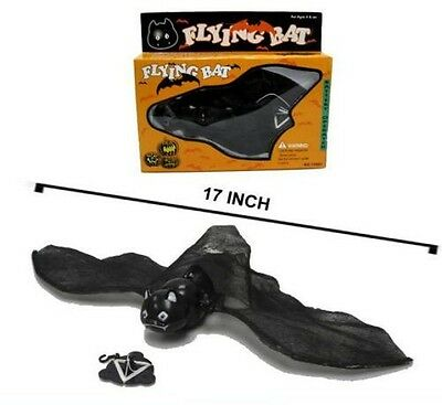 2 BATTERY OPERATED FLYING BAT toy bats w lightup eyes scarry halloween black new