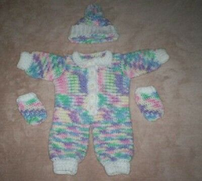 NEW Snuggly Baby Infant Three Piece Crochet Set Hat  *** HAND MADE ***