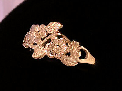 R010 > Lovely Genuine 9ct SOLID ROSE Gold Blossoms & Leaves Ring size O