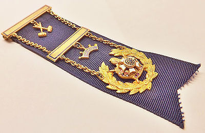 10k ROSE & YELLOW GOLD MASONIC PAST MASTER COUNCILLOR DeMOLAY YOUTH RIBBON MEDAL