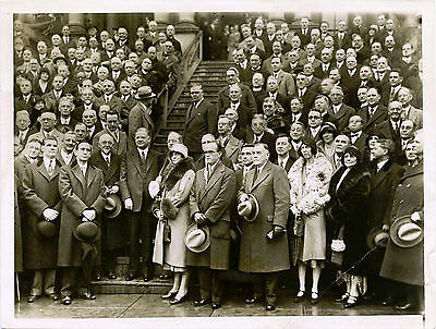 PRESIDENT HOOVER ORIGINAL 1930s GROUP PHOTO BY H. MILLER, NEWS PICTURE SERVICE