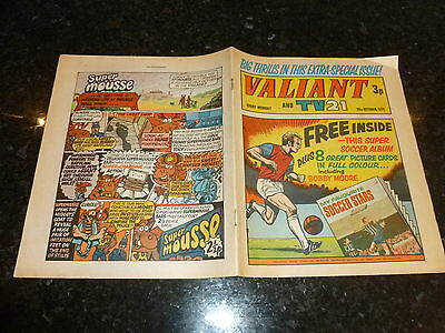 VALIANT & TV21 Comic - Date 16/10/1971 - UK IPC Paper Comic