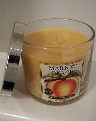MARKET PEACH SCENTED CANDLE WITH GIFT BAG BATH & BODY WORKS 4 OZ 30 HOUR BURN