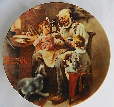 """KNOWLES NORMAN ROCKWELL PLATE """"THE TOY MAKER*LIMITED EDITION*PLATE #:13,221P*"""