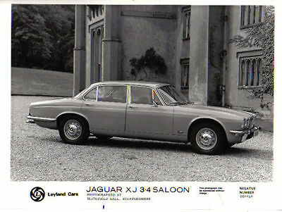 Jaguar XJ 3.4 Saloon original b&w Press Photo No. 261141