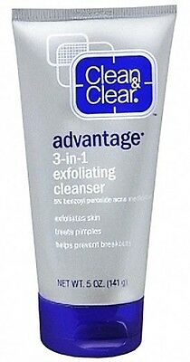 Clean & Clear Advantage 3 in 1 Exfoliating Acne Cleanser 5oz *20% Off $25+
