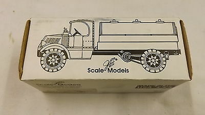 Ertl 1935 Mack Tanker Texaco Star Enterprises Box Only