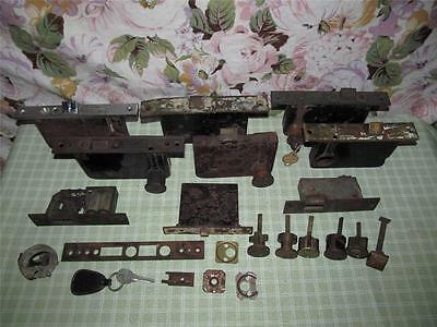 ~Vtg/Antique Lot Door Locks/Parts/Key & More~ • CAD $214.19