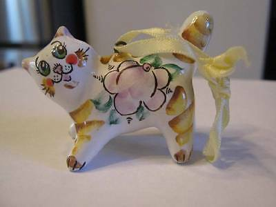 HAND PAINTED ADORABLE CAT FIGURINE ORNAMENT WITH SWEDISH FLARE GREAT DESIGN