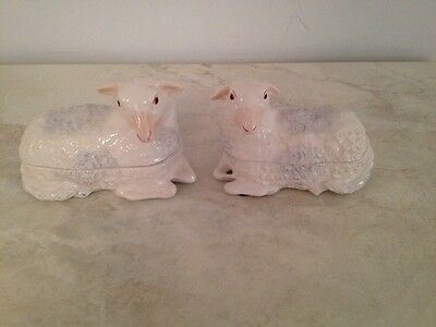 """Vintage PAIR Mildred R Mottahedeh 6 1/4"""" White Lamb Sheep Covered Trinket Boxes"""
