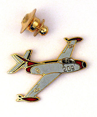 Pin's pin badge ♦ LUXE AVION MILITAIRE OURAGAN DECO 1954 PATROUILLE DE FRANCE