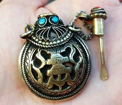 to do Turquoise Red Coral Carved Protect Parasol Spoon Snuff Bottle Pendant