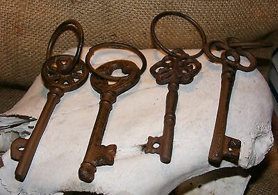 Skeleton Key SET OF 4 Reproduction Cast IronAntique Jailer Rustic Vintage #114E