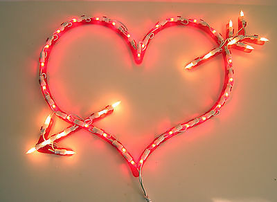 """Lighted Indoor/Outdoor HEARTwith ARROW Valentine's Day Decor -- 13"""" By 20"""""""