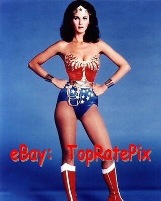 LYNDA CARTER  -  Sexy Superhero: Wonder Woman  -  8x10 Photo #4