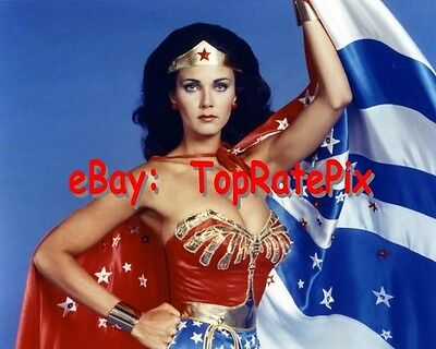 LYNDA CARTER  -  Sexy Superhero: Wonder Woman  -  8x10 Photo #9